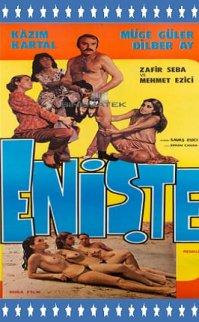 Enişte 1979 – Dilber Ay Kazım Kartal'a Seksi Öğretiyor